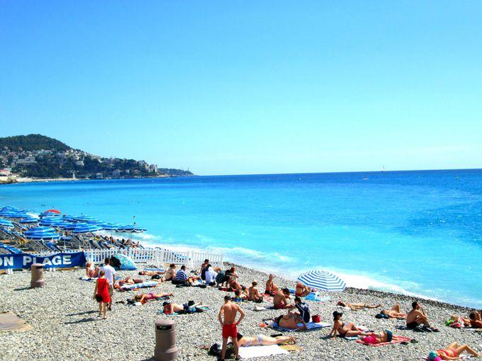 地中海の絶景ビーチ「コートダジュール」