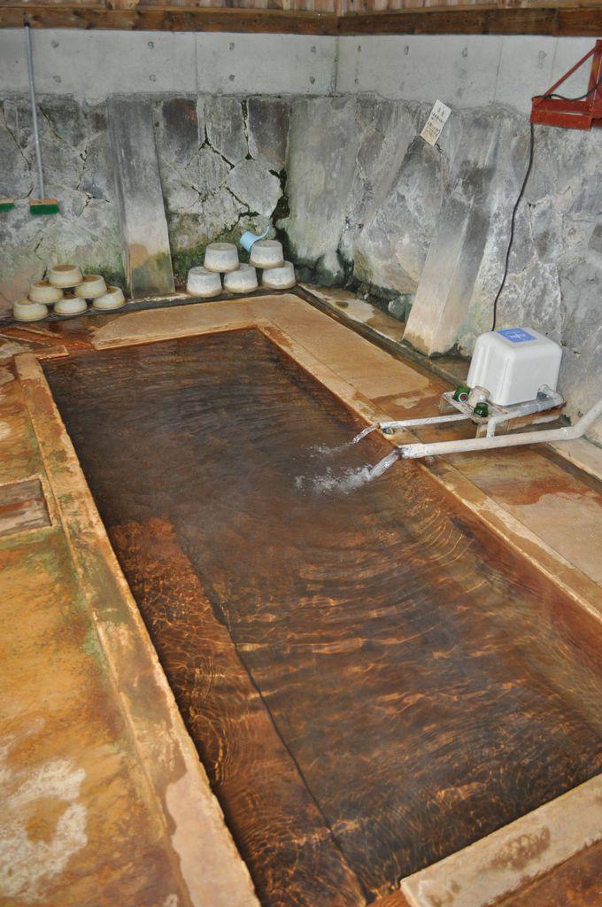 八町温泉は共同浴場を