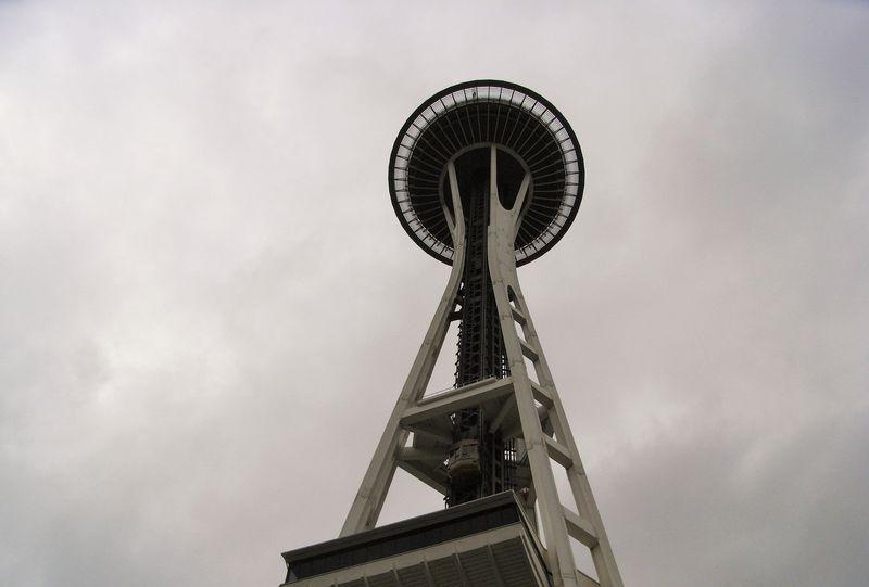 ダウンタウンをぐるり一望!シアトル「スペースニードル」