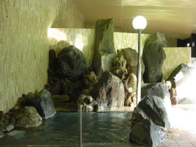 多彩な浴槽