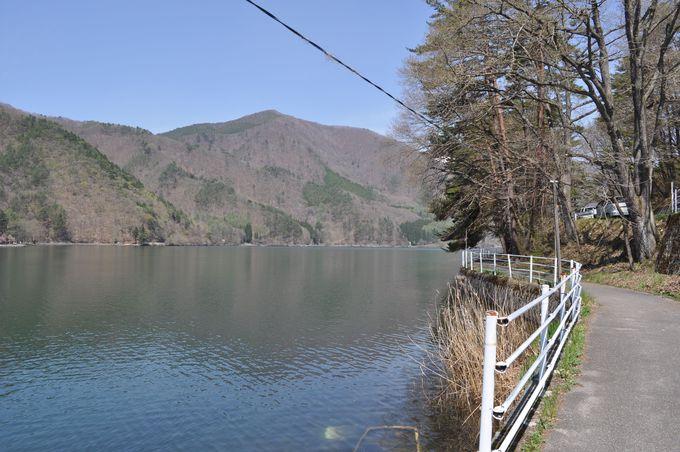 木崎湖は今日もキレイに光る