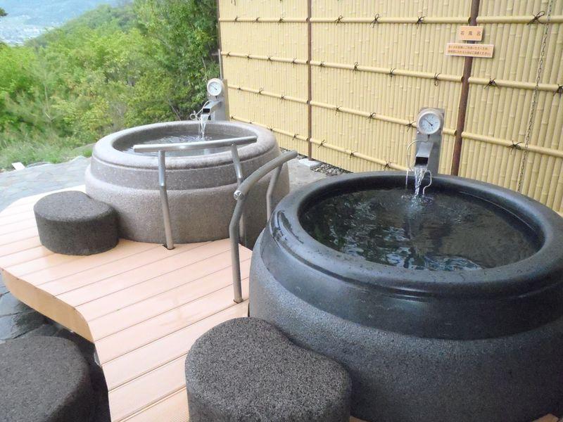 浴槽3つが掛け流し!長野・坂城町「びんぐし湯さん館」