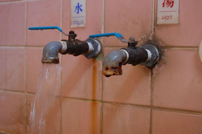 群馬県唯一の温泉公衆浴場!美しく鄙びた「大島鉱泉」