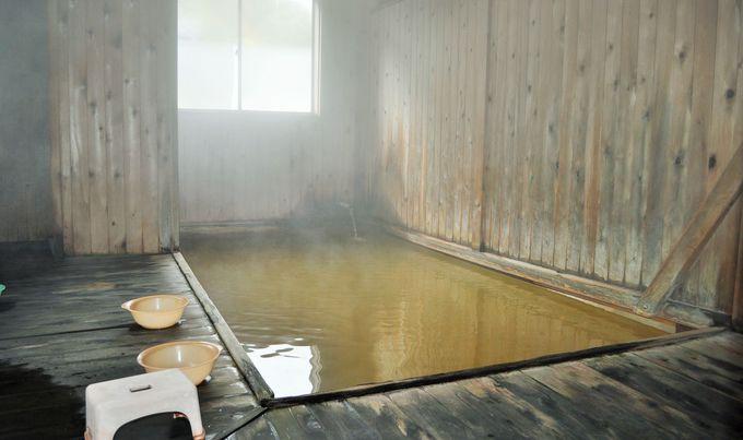 泥のような湯が湧く高地!秋田・泥湯温泉「小椋旅館」