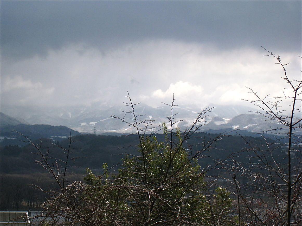 蔵王連峰の美しい眺望に心洗われる屋上庭園