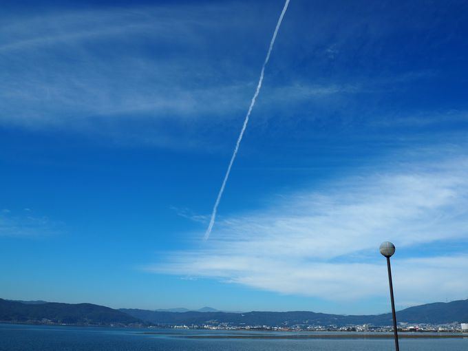 番外編:思わず叫びそうになる!空に描かれる軌跡