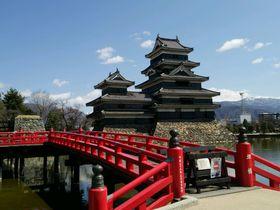 変わった視点から楽しみたい!国宝「松本城」の優雅な佇まい|長野県|トラベルjp<たびねす>