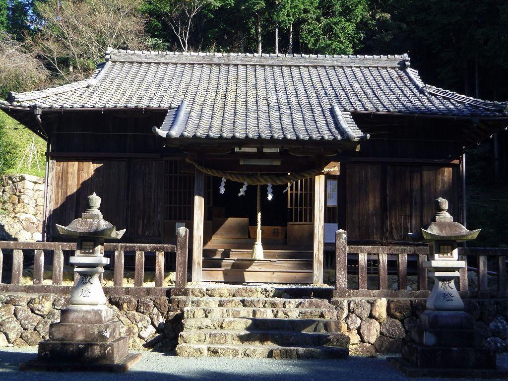 女城主直虎の花押入り徳政令を所蔵「蜂前神社」