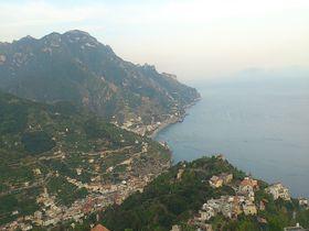 イタリア・アマルフィの絶景を一望!「ホテル ルーフォロ」