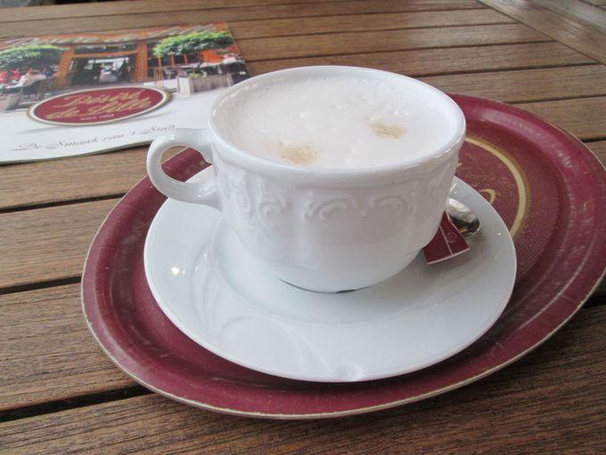 コーヒーやフードメニューも外せない