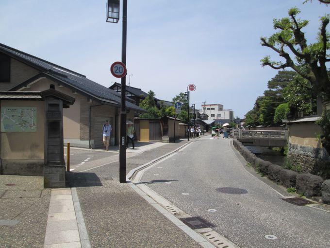 金沢老舗記念館と合わせて、長町武家屋敷跡エリアの散策も!