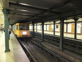 ブダペストの地下鉄は世界遺産!レトロでモダンな魅力を満喫