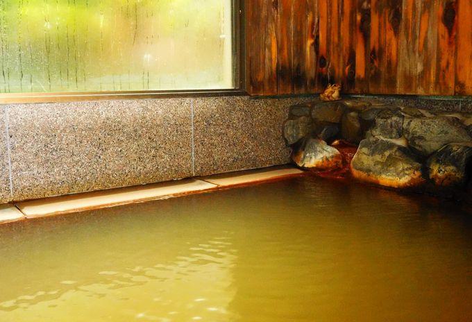 修験者も虜にした名湯「吉野の隠れ湯」は100%源泉かけ流し、飲用も可!