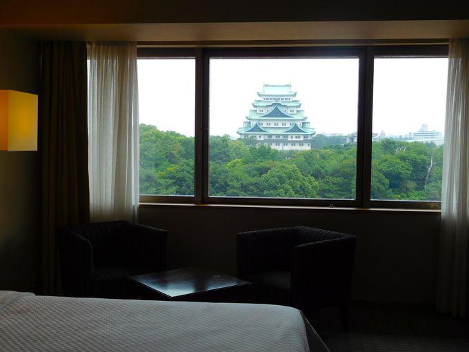 迫力の名古屋城、ライトアップを正面から眺められるのはここだけ!