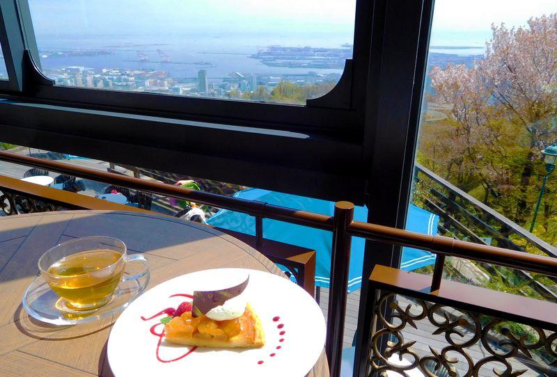 神戸を見渡す絶景ラグジュアリーカフェ!神戸布引ハーブ園「ザ・ヴェランダ神戸」