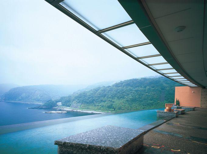 幅25M、絶景のインフィニティ温泉。