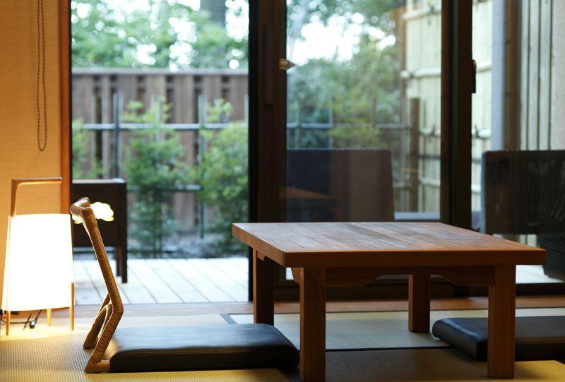 2つの源泉からなる23種類のお風呂!草津「季の庭」は宿に居ながら湯めぐり三昧