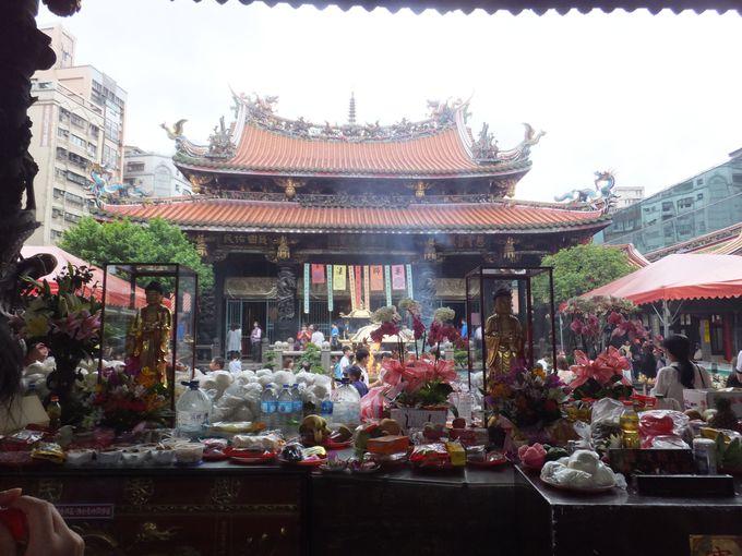 4.龍山寺