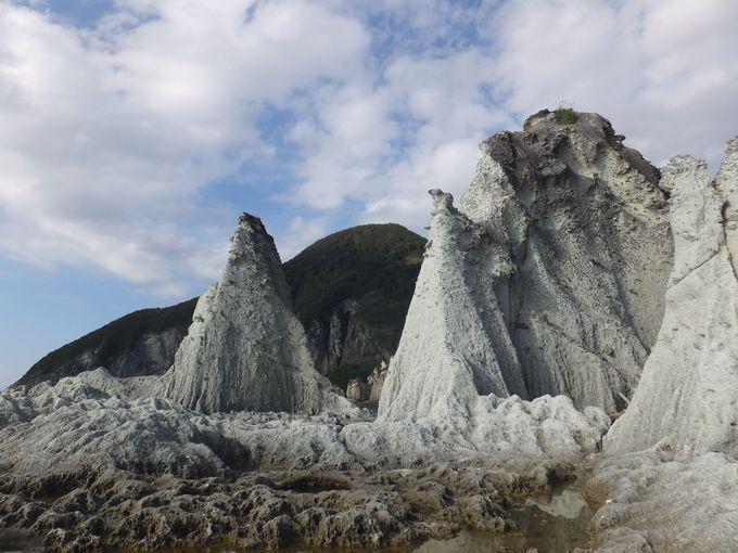 地殻変動が生んだ奇岩