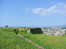 市街一望の絶景スポット!ハイキング気分で登れる「米子城址」|鳥取県|トラベルjp<たびねす>