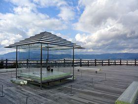 京都市内を一望できる絶景スポット!京都東山の「将軍塚青龍殿」が凄い|京都府|トラベルjp<たびねす>