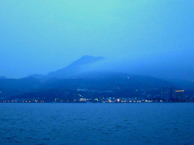 夕日と異国情緒の街「淡水」