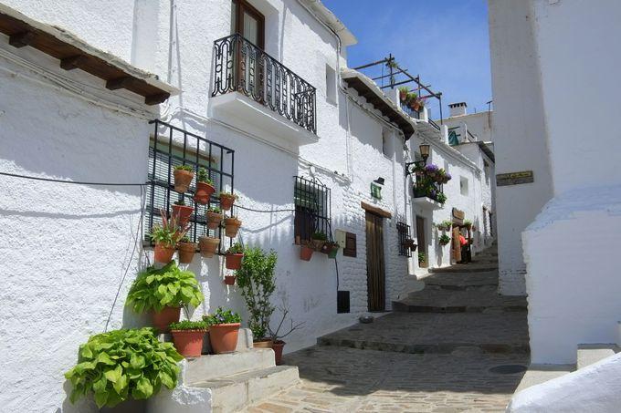 天空の白い村「カピレイラ」