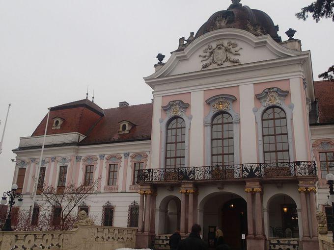 歴史に翻弄されたバロック建築