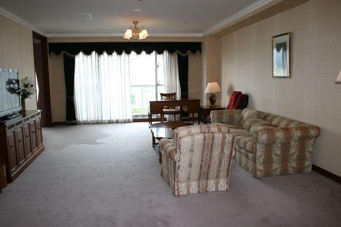 創業134年の老舗にふさわしい最上階の特別室と広い和洋室