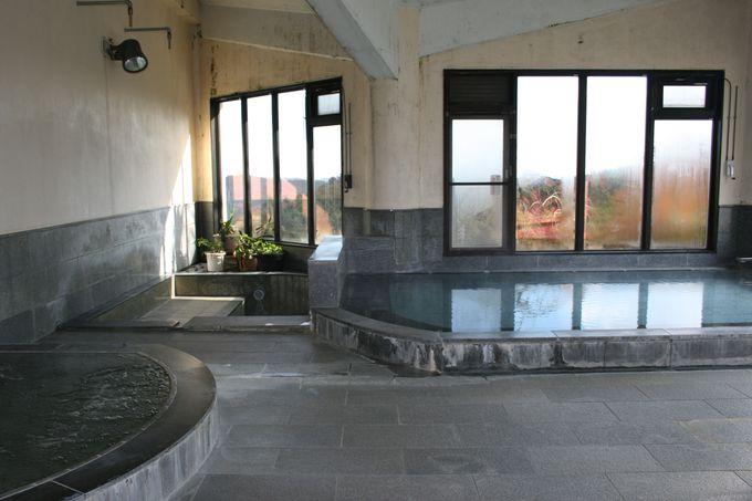 両子山の走り水を利用した天然ミネラルたっぷりの大浴場