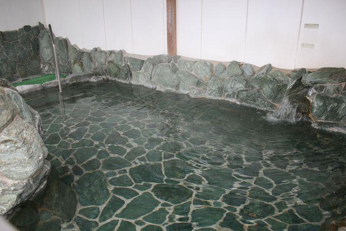 雄大な景色を見ながらの露天風呂は最高の気分