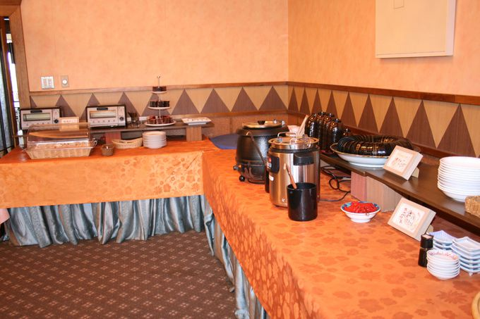 「サンスカイホテル小倉」の朝食は健康野菜や郷土料理を手づくり