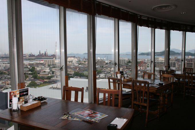 最上階の天空レストランからの眺望は最高