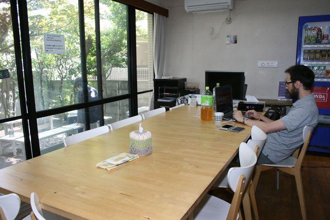 開放感のある付帯設備も充実して快適な宿泊施設