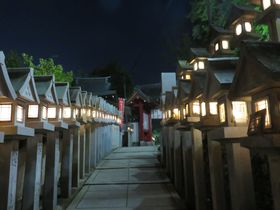 奈良県・信貴山玉蔵院で宿坊体験!夜の境内はまるで異世界!?|奈良県|トラベルjp<たびねす>