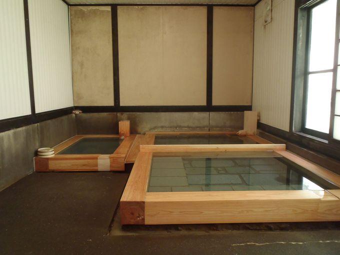 通年利用可能な浴室で冷泉と加温した適温の温泉を堪能!