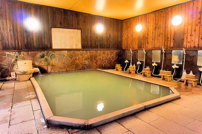 「名湯の宿 雲仙いわき旅館」は敷地内に自家源泉を持つ、日本温泉協会満点評価の温泉!