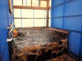 福岡市内の本物の温泉ならココ!博多温泉「元祖元湯」は路地裏の秘湯|福岡県|トラベルjp<たびねす>