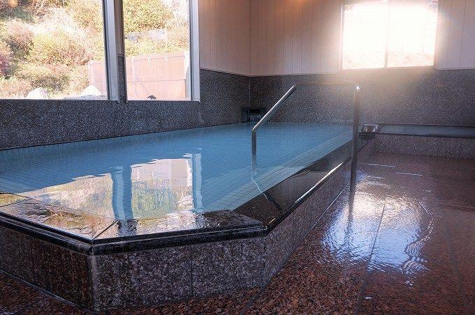 「元湯」は2016年11月にリニューアルオープン!地域色豊かなお手軽共同湯