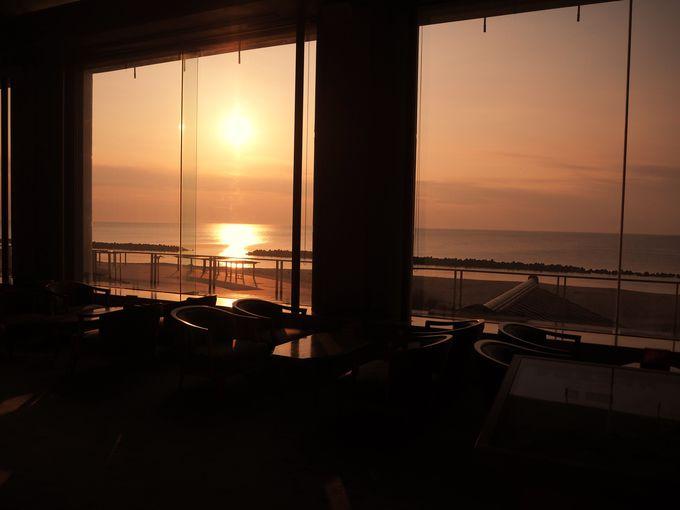 瀬波温泉「夕映えの宿 汐美荘」はどの部屋からも絶景を堪能できる