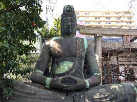 名古屋市「七寺」太平洋戦争を耐え抜いた満身創痍の大日如来坐像|愛知県|トラベルjp<たびねす>