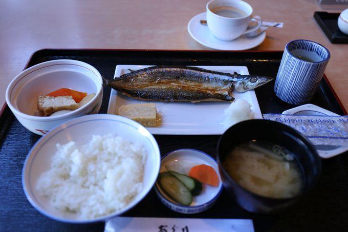 1日の始まりは、和食・洋食から選べる朝食