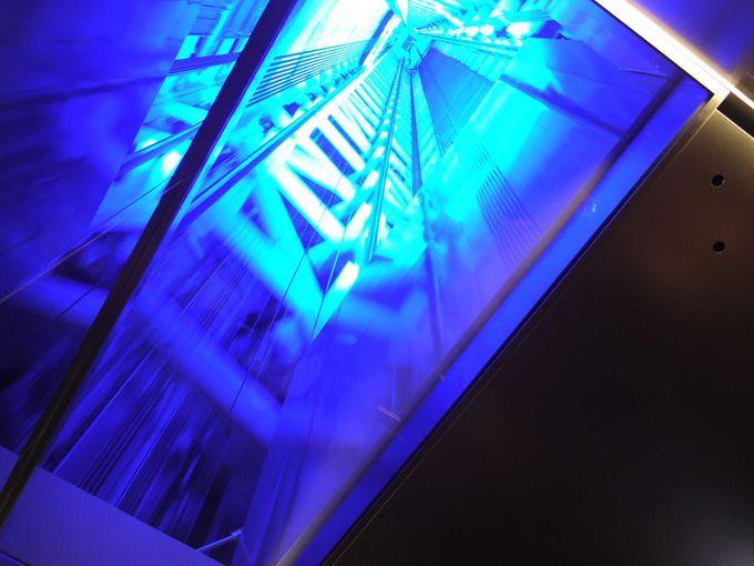 天望回廊と天望デッキを行き来するエレベーターには仕掛けが!