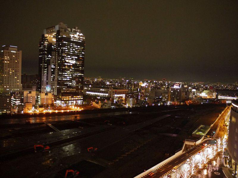 大阪キタ・梅田の夜デートに!無料で夜景が見れるおススメスポットを大公開!