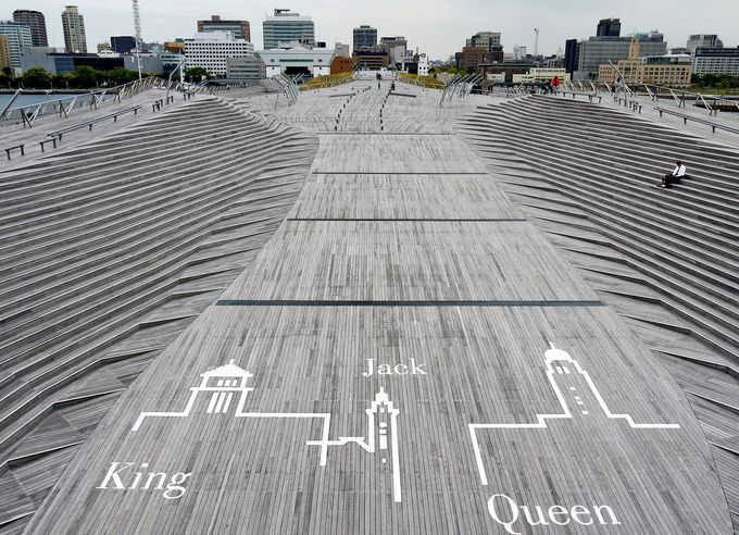 横浜観光 新たな都市伝説の舞台「横浜三塔」