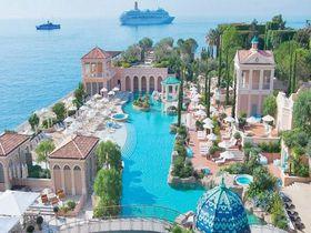 地中海の楽園モナコ「モンテカルロベイホテル&リゾート」ヨーロッパ唯一のラグーンプールで贅沢な時間を