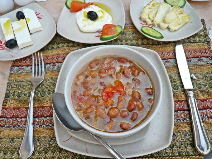 伝統的なアラブの朝食にワクワク!