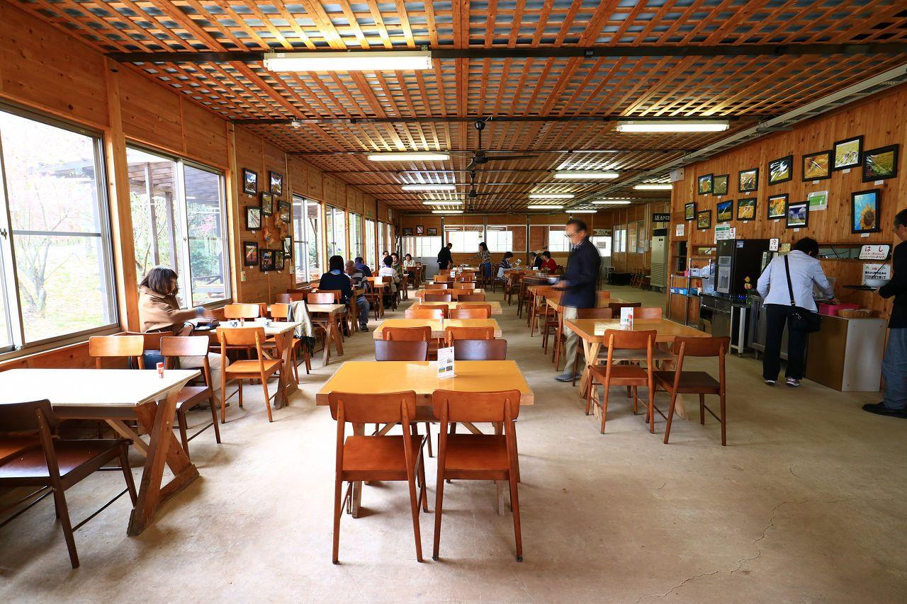 農場レストランでバーベキュー