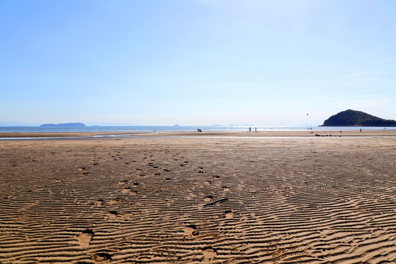 店舗裏の父母ヶ浜海岸を散歩!