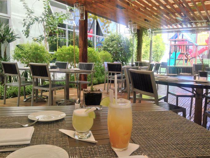 気になる料理もハイレベル、レストラン「YERBA BUENA」